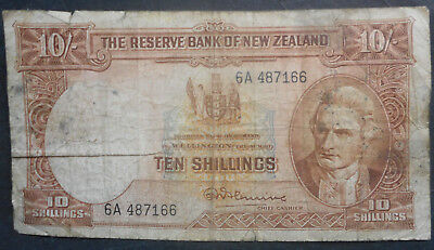 New Zealand  1955-67 10 Shilling Note Low grade