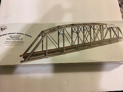 Central Valley Model Works HO Scale 200' Single Track Parker Truss Bridge Kit