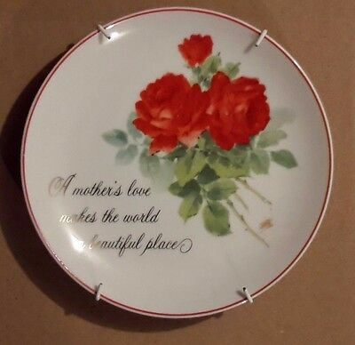 """1985 Collectible (Lasting Memories) Fine porcelain 6"""" plate """"A mother's love..."""""""