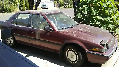 1988 Honda Accord  1988 Honda Accord LXI Sedan with EXCEPTIONALLY straight body