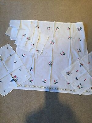 Vintage Table Linen Set Tablecloth 4 Napkins 2 Tray cloths Embroidered So Pretty
