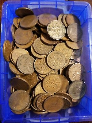 200 Canadian Pennies 1940s To 1970s