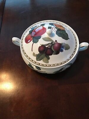 QUEEN'S Covered Casserole HOOKERS FRUIT Fine Bone China, Made In India 11""