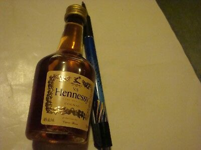 Vs Hennessy Very Special Cognac   Mini Bottle No Opened