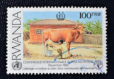 Rwanda - 1992 World Conference on Nutrition 100 FRW Cattle used (12) -