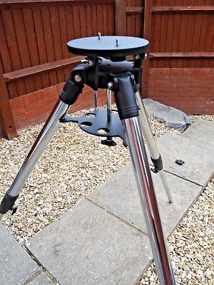 Meade standard tripod with bag