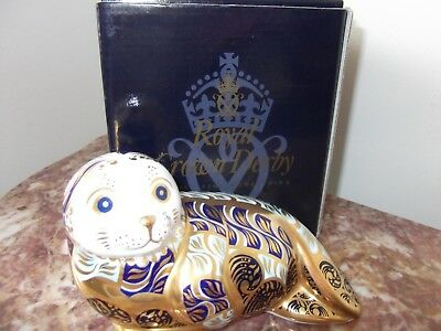 Rare Royal Crown Derby Porclean Harbour seal Signed limited Edition Paperweight