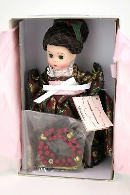 """Madame Alexander Colonial Christmas Doll 8"""" Brunette 68465 in Box with Wreath"""