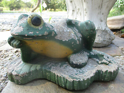Relaxed Reclining Frog Vintage Cement/concrete Garden Statue