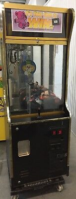 """24"""" Smart Ind. Crane Claw Machine Arcade Game! SHIPPING AVAILABLE!"""