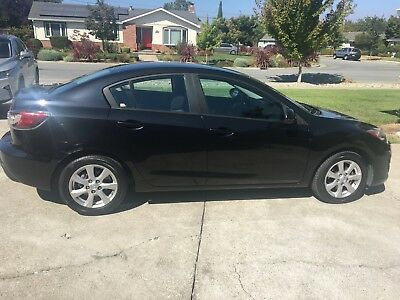 2011 Mazda Mazda3  2011 MAZDA 3 iTouring in Good condition with 66K miles only