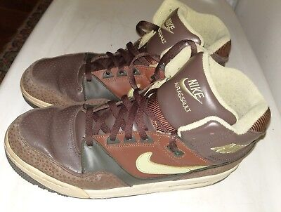 cc99d10b4749a 2007 Rare! Nike Air Assault Size 12 Safari Dark Cinder Pea Pod Army 315064-
