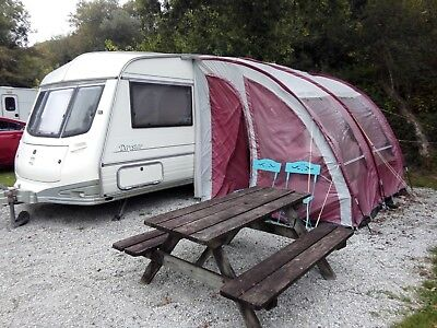 ABI AWARD DAYSTAR 2 Berth caravan GOOD CONDITION AWNING ,COVER ,NEW BATTERY ETC