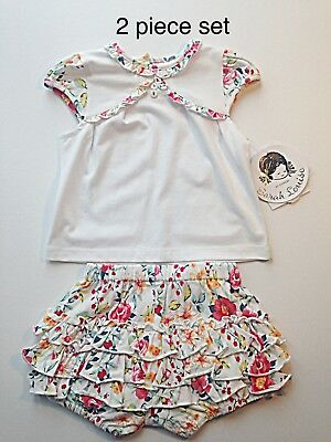 Sale Bnwt Sarah Louise 2 Piece Set Tee Shirt And Shorts - Age 18 Months