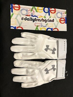 Under Armour Adult Heater Batting Gloves Size Large White Elite Grip 1299540 100