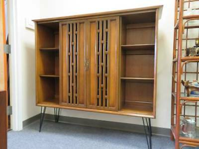 Mid-Century Walnut Curio China Cabinet / Display Case / Bookcase (White Mfg Co)