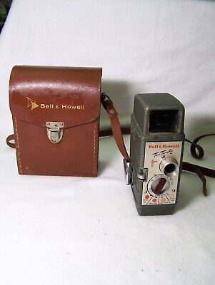 Vintage Bell & Howell Two-Twenty 8mm Movie Camera w/ original case