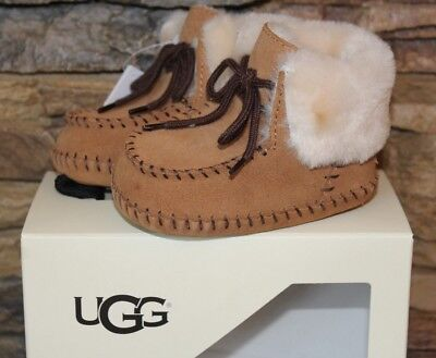 76d15b4a3ca NIB UGG UNISEX SPARROW Suede Infant Booties CHESTNUT S M OR 6-12 12 ...