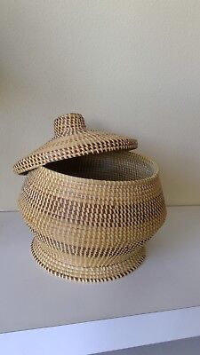 LARGE Vintage GULLAH Sweetgrass BASKET WITH LID