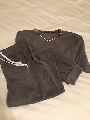 New 2018 Unopened S/M American Airlines International First Class Pajamas.