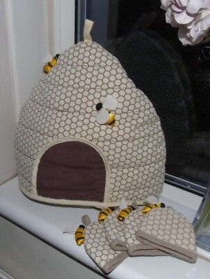 Ulster Weavers Bee Hive Shaped Tea Cosy and 4 matching egg cosies
