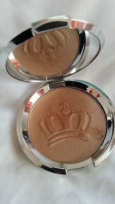 BECCA Shimmering Skin Perfector Pressed Highlighter - Royal Glow - limited edt