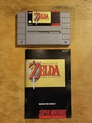 Super Nintendo SNES Legend of Zelda: A Link to the Past game and manual