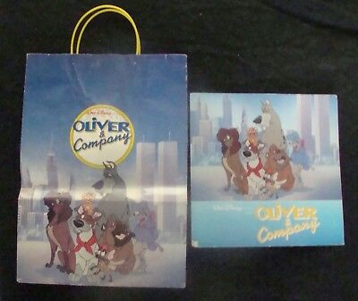 Walt Disney Store OLIVER & COMPANY display and exclusive bag 1988