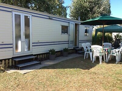 6 Berth Static Caravan To Hire in St-Jean De Monts, France £100 Deposit required