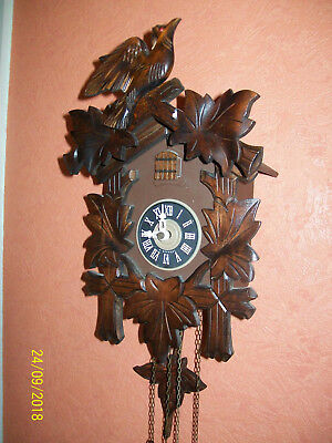 Vintage Collectable Black Forest Cuckoo clock complete in good working order