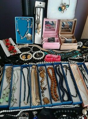 Job Lot Of 150 Mixed Costume Jewellery Pre-Owned And New With Tags And Boxes..o