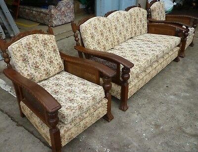 MAGNIFICENT ANTIQUE JACOBEAN RATTAN LOUNGE SUITE 3-Piece