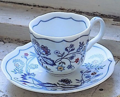 Vintage 1984 Avon European Tradition Cup & Saucer Collection The Netherlands
