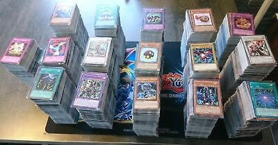 Yu Gi Oh  Lot De 50 Cartes Communes