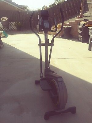 GOLDS GYM RECUMBENT Exercise Bike Cycle Trainer 400 Ri Home Cardio