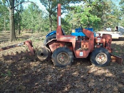 DITCH WITCH TRENCHER Model  # 3210