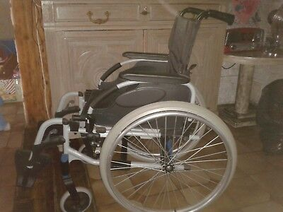Fauteuil roulant manuel Pliable Invacare Action 2 NG