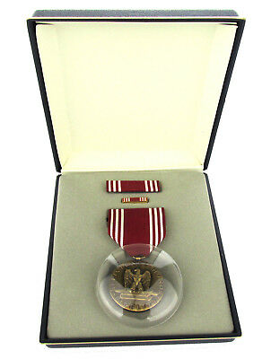 U.S. Army Good Conduct Medal Set with Ribbon and Lapel Pin