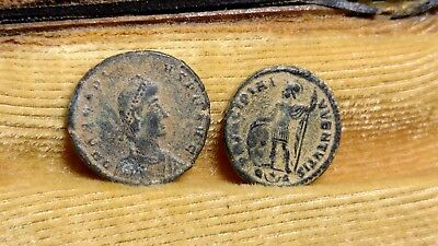 Lot Of 2 Bronze Late Roman Coins //257
