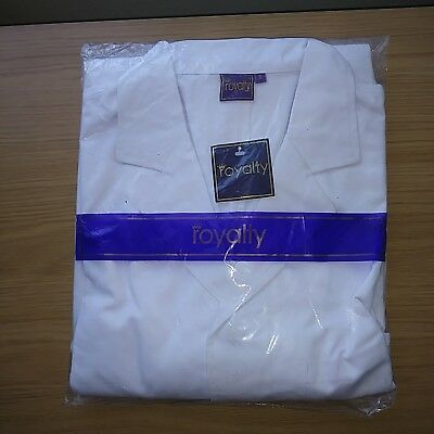 White medical coat brand new size small. FREE POSTAGE.