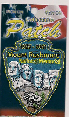 Mount Rushmore National Memorial Souvenir Arrowhead Patch