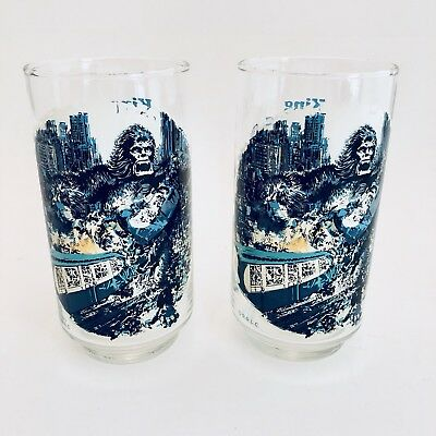FROM BURGER KING AND COCA COLA 1976 KING KONG STRADDLING THE TWIN TOWERS SWEET!