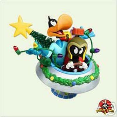 Hallmark 2005 * Duck Dodgers And Marvin The Martian * Ornament