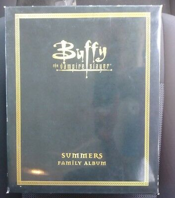 Buffy The Vampire Slayer Summers Family Album 3 Figures Set Limited Edition