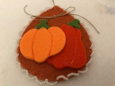 Fall pumpkin ornaments for  tree decorating, gift tag, wreath