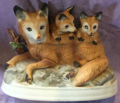 Mom and Cubs Red  Fox Figurine #2