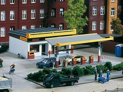 Auhagen Shell Petrol Station 11340  HO Scale (suit OO also)