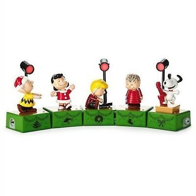Hallmark 2017 Christmas Dance Party Peanuts Snoopy Lights Charlie Brown Set of 8