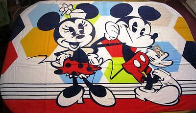 "Disney Store 2017 Summer Fun Mickey & Minnie Jumbo Beach Towel 40"" x 70"" NWT"