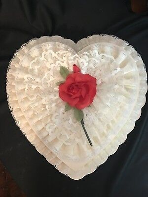 Vntg Rare White Heart Shaped Valentine Candy Box White Lace, Satin, Cloth Rose